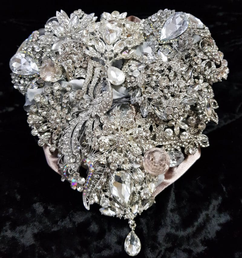 Brooch Bouquet Prophecii